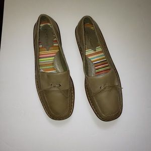 EuroStep khaki loafers leather 8 wide EUC